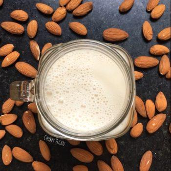 leite de amendoas chubby vegan